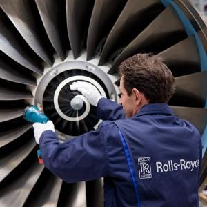 Produktion von Triebwerken in der Luftfahrtindustrie.