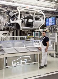 Herstellung von PKW in der Automobilindustrie.