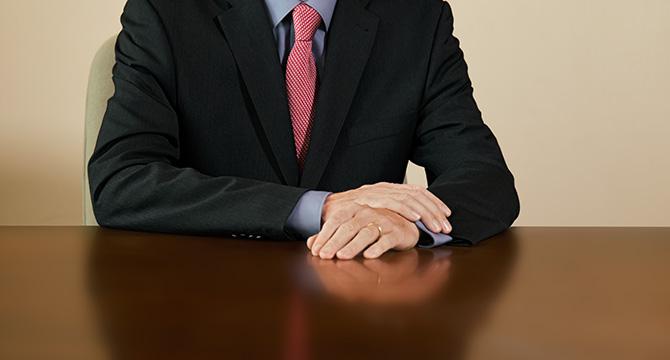 Porträtfoto zeigt den Geschäftsführer der Werft der Pella Sietas GmbH in Hamburg