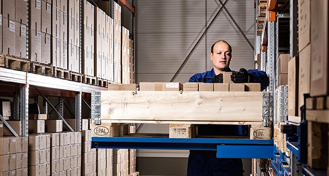 Hochregallager der Valdemar Krog GmbH in Hamburg