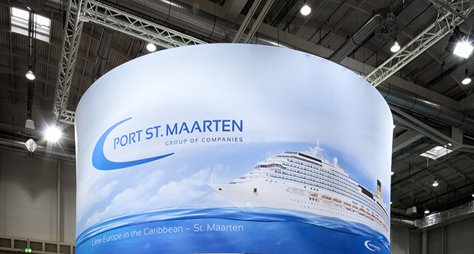 Messestand von Port St. Maarten auf der Messe Seatrade in Hamburg