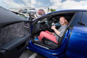 Fahrtraining für Kunden von Volkswagen Automobile Hamburg im ADAC Fahrsicherheitszentrum bei Lueneburg.