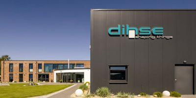 Dieses Architekturfoto zeigt eine Firmenzentrale und Industrieanlage in Quickborn.