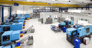 Dieses Industriefoto zeigt eine Industrieanlage mit zahlreichen Maschinen in Quickborn.