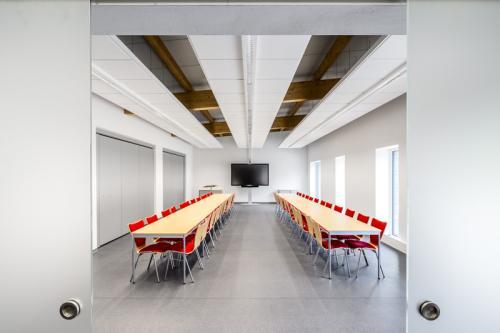 Architekturfoto des Neubaus einer Feuerwehr-Station.