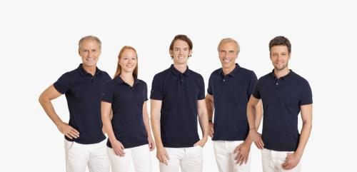 Gruppenfoto-Mitarbeiter-Zahnarztpraxis-Hamburg