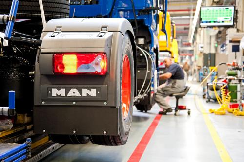 Produktionsstätte für LKW, Fahrzeugbau.