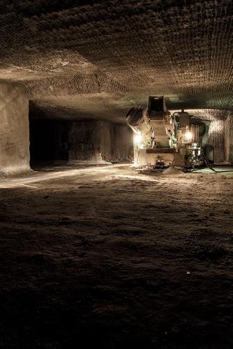 Foerdermaschine untertage in einem Salzbergwerk in Sueddeutschland