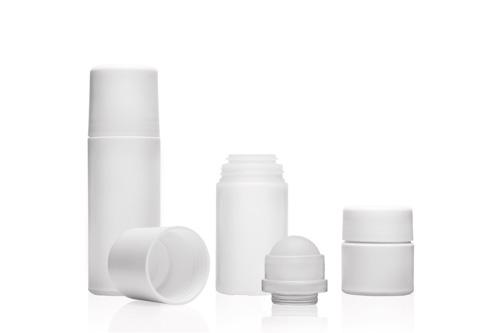 Produktfoto für einen online-Shop: Behälter und Verschlüsse aus Kunststoff