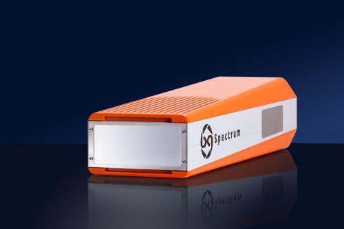 Dieses Produktfoto zeigt ein hochempfindliches elektronisches Messgerät, das beim Auftraggeber in meinem mobilen Fotostudio fotografiert wurde.